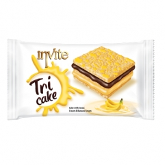 INVITE TRICAKE cake with banana sauce and cream cacao  50gr